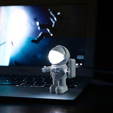 太空人USB小夜灯-创意产品