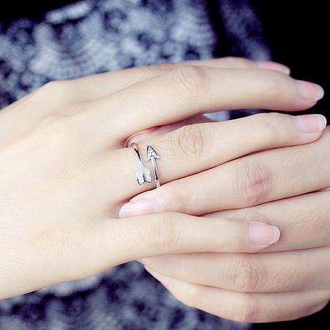 创意一见钟情戒指