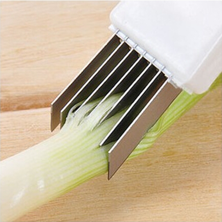 创意实用切葱丝刀餐具设计