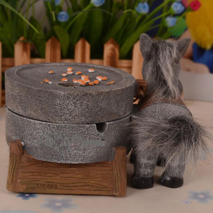 毛驴拉磨创意烟灰缸