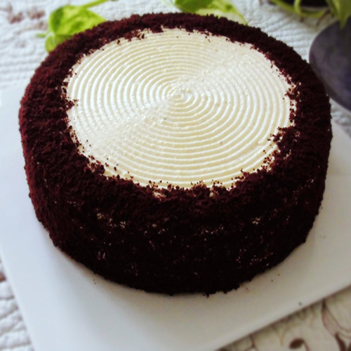 红丝绒创意蛋糕