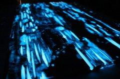会闪闪发光的桌子:Glow Table-工业创意设计