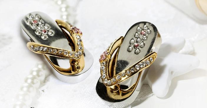 钻石拖鞋创意U盘 1