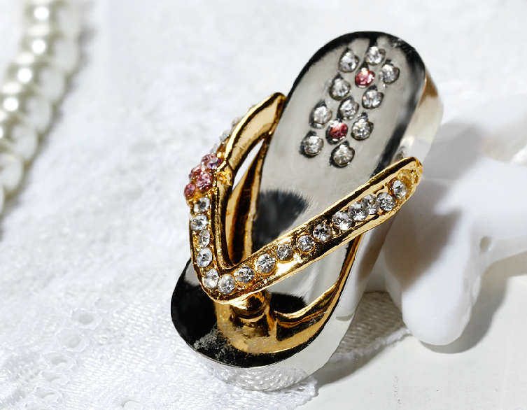钻石拖鞋创意U盘 2