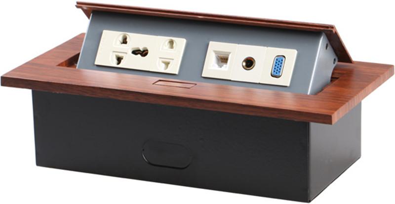 高档桌面多功能插线板1