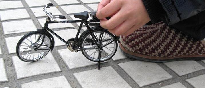 创意黑色老式大杠自行车 2