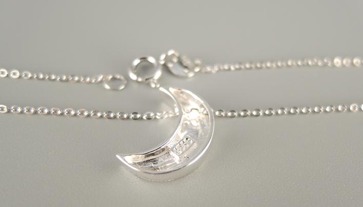拉丝月亮项链 4