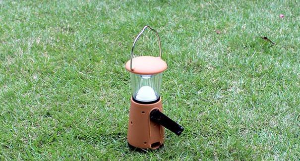 创意人工发电照明灯 2