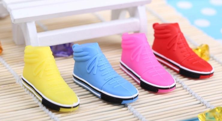 韩版鞋创意U盘 1