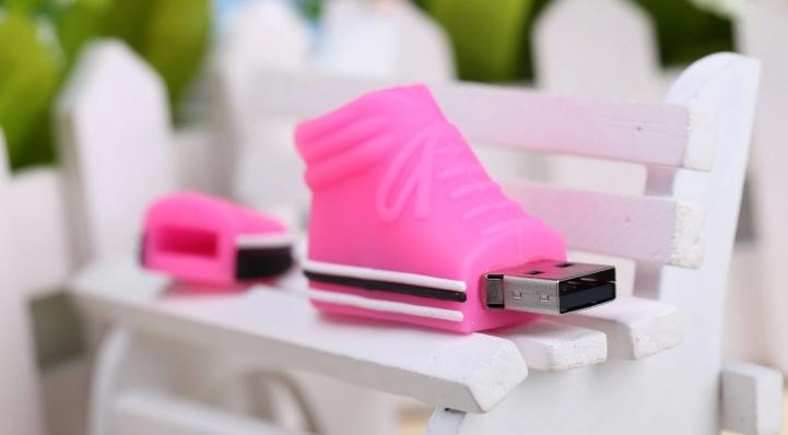 韩版鞋创意U盘 3