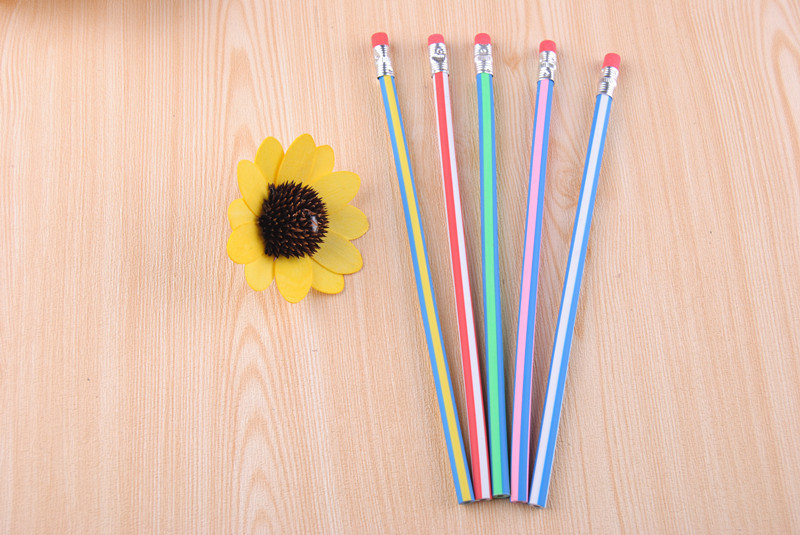 创意弯曲软铅笔3