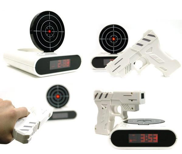创意手枪打靶射击闹钟 多角度展示