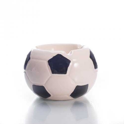 国足赢了!创意足球烟灰缸