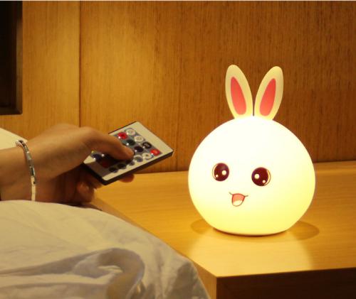 可爱兔硅胶七彩变色灯