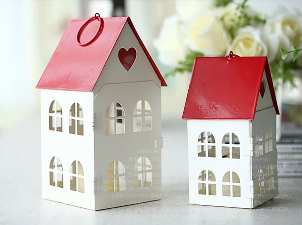 童话爱心红屋顶烛台4