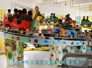 型游乐场设备 郑州游乐设备 室内儿童乐园设备